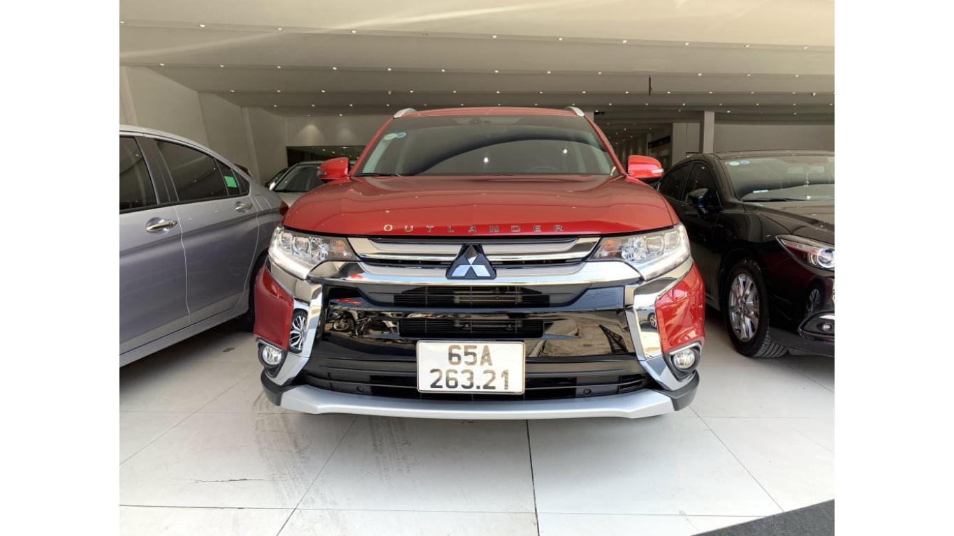 Mitsubishi Outlander 2.0 Premium 1/2019 - Siêu thị ô tô Hà Nội