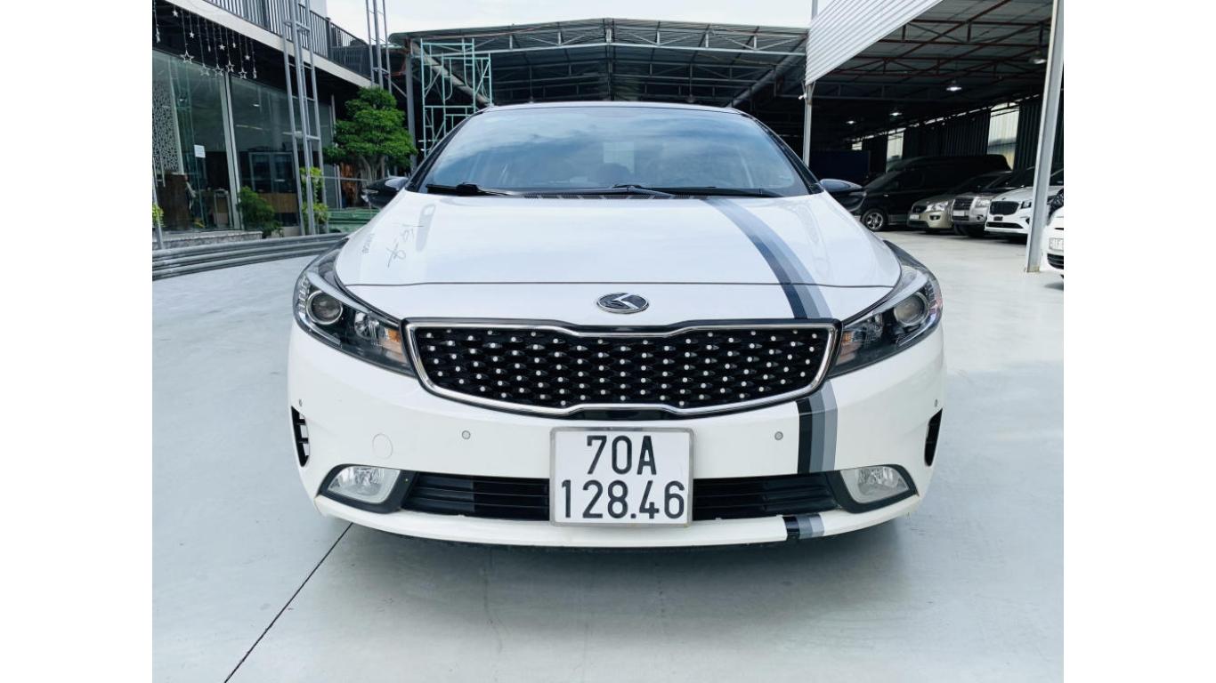 Kia Cerato 1.6 AT 2017 - Siêu thị ô tô Hà Nội