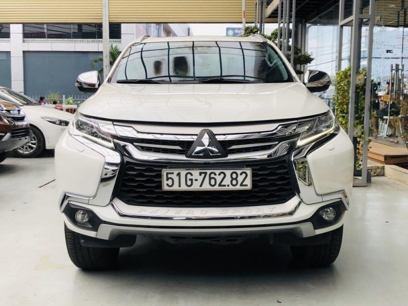 mitsubishi-pajero-sport-g-4x4-at-premium-2018