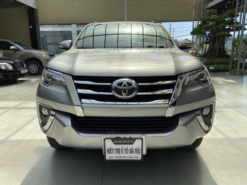 Toyota Fortuner 2.7AT 2017